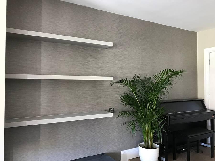 Lynam Painting Ltd - Wallpapering Job 1 Pic 5 (1)
